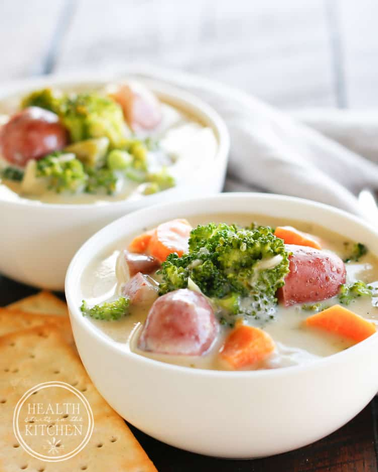 {5 Minute} Pressure Cooker Cheesy Broccoli Chowder