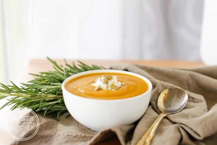 Savory Roasted Garlic Pumpkin Soup