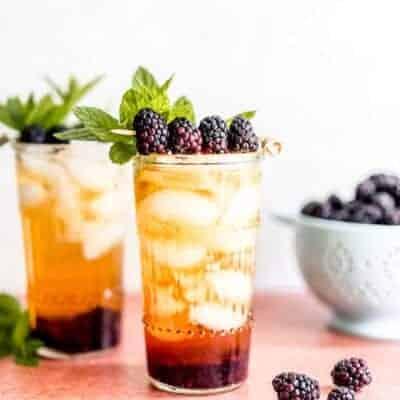 Sparkling Peach Tea Blackberry Mocktail