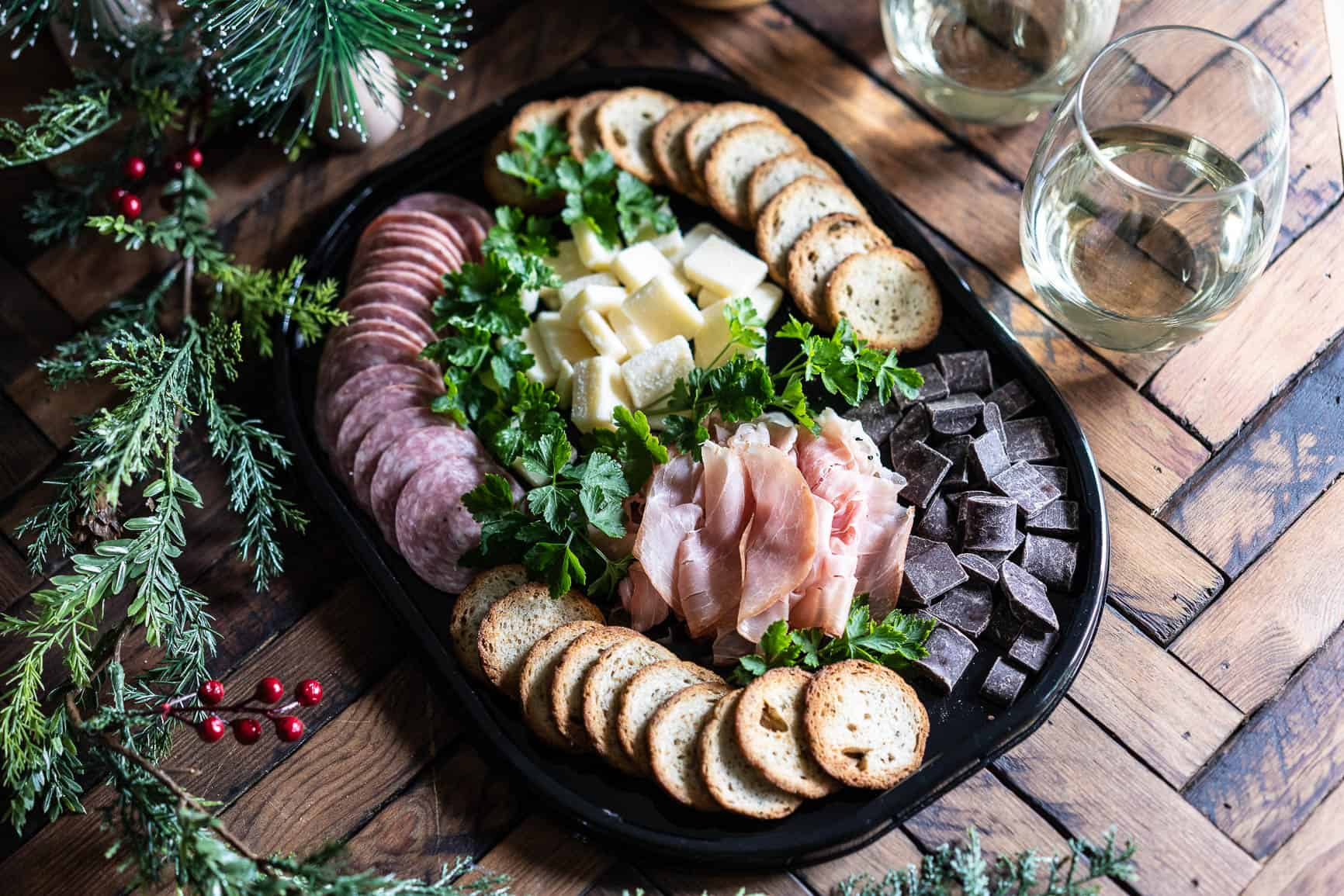 Easy Holiday Entertaining With Hillshire Snacking Social Platters Health Starts In The Kitchen